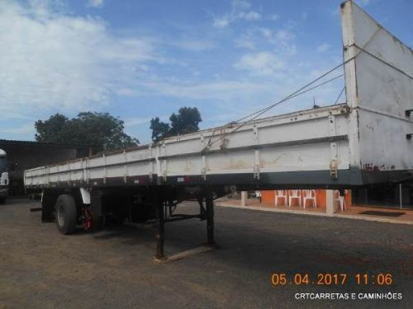 Carreta Graneleiro Randon Ls 13.5 M 6x2 Com Pneus Ano 03/03